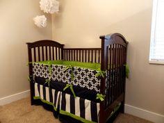 Custom Crib Bedding   Navy Green Whale por RainyDayDivineLLC