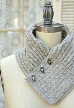 Quilted Lattice Ascot by Pam Powers   Project   Knitting / Accessories   Kollabora #knit #knitting #textiles #textileart #textile_art #textileartscouncil #textile_arts_council #tac #textilesartssf