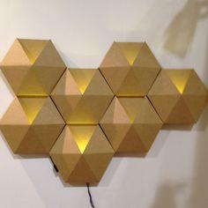 Hexagon light ¿Quieres que te dotemos de superpoderes para decorar tu hogar con nuestra poderosa app? Visitanos,decora y conoce el precio al instante. www.youcandeco.com
