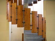 spiral-staircase.jpg 302×227 pixels