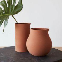 vase Terracotta Clay Vases - Set of 2 Terracotta, Natural Living, Deco Studio, Verre Design, Industrial Design Furniture, Paper Vase, Clay Vase, Clay Pots, Keramik Vase