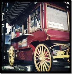 vintage popcorn cart. I want a mini one! I love #nashville!