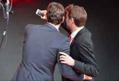 wawrinka federer - Wawrinka Federer Stan' n'a pas oublié ses followers lors de la fête. Voici le selfie Wawrinka Federer : un duo, une amitié.