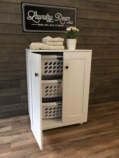 Einrichtung Upright, standing laundry hamper, laundry sorter, laundry baskets How Do I Make My Dozen Tilt Out Laundry Hamper, Laundry Basket Holder, Laundry Basket Storage, Laundry Shelves, Laundry Room Cabinets, Laundry Room Organization, Diy Cabinets, Laundry Hamper Cabinet, Tilt Out Hamper