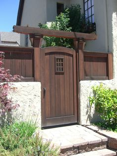 31 Creative Fence Gate Ideas For Your Home 2020 - A Nest Wit.- 31 Creative Fence Gate Ideas For Your Home 2020 – A Nest With A Yard wooden gate in the middle of a brighter colored fence - Metal Fence Gates, Garden Gates And Fencing, Fence Gate Design, Privacy Fence Designs, Wooden Gates, Garden Doors, Wooden Gate Designs, Wooden Fence, Backyard Gates