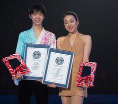 浅田選手と羽生選手へ、ギネス世界記録認定授与式