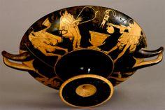 """En la Antigua Grecia, el vino """"aqueo"""" lo tomaban las mujeres para abortar"""
