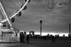 Düsseldorf Altstadt / Riesenrad