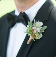 holly chapple silver brunia boutonniere eli turner photo