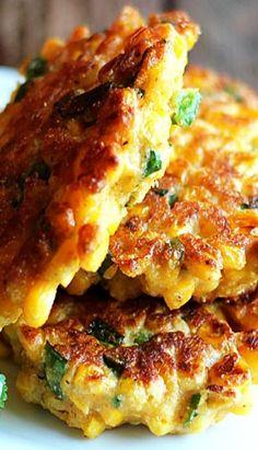 Jalapeño Corn Fritters - Flavor-packed, crispy corn fritters with chopped jalapeño and seasonings. Corn Fritter Recipes, Vegetable Recipes, Jalapeno Corn Fritters Recipe, Vegan Corn Fritters, Sweet Corn Fritters, Corn Dishes, Vegetable Dishes, Mexican Food Recipes, Vegetarian Recipes