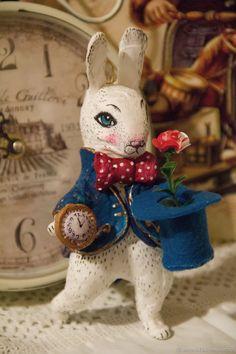 Коллекционные куклы ручной работы. Кролик с цилиндром . Ватная игрушка. 'Мишкин Чердачок'. Ярмарка Мастеров. Рождество, в стране чудес