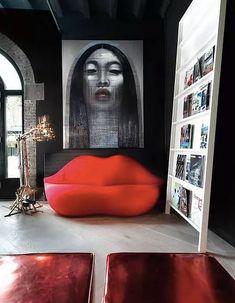 29 Ideas for apartment living room red interior design Red Interior Design, Interior Design Minimalist, Interior Design Inspiration, Home Design, Furniture Inspiration, Design Art, Contemporary Interior, Luxury Interior, Modern Design