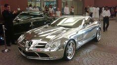 me encanta este carro ya que esta echo de oro blanco muy precioso pero el que tenga estos modelos de carro deben ser personas de mucha plata que sea narco entre otros...