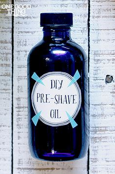 Make your own natural pre-shave oil with only 3 ingredients! This formula will save you about $20 over the brand name stuff! #natural #diy