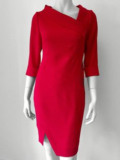 Beautiful red dress for an elegant woman - Salvabrani Trendy Dresses, Elegant Dresses, Casual Dresses, Short Dresses, Mode Outfits, Dress Outfits, Fashion Dresses, Dress Neck Designs, Blouse Designs