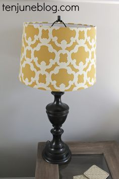How to spray paint a lamp {A Lamp Makeover}