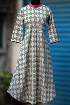 Buy Maati Crafts Gray Cotton Printed Anarkali Kurti online in India at best price.a high collared long kurta with an applecut with rouge pink trims & wooden buttons! the kurta has a pocket Salwar Designs, Blouse Designs, Indian Dresses, Indian Outfits, Anarkali Kurti, Red Kurta, Long Kurtas, Kurti Embroidery Design, Kurti Patterns