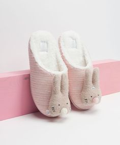 Fantasy mule slippers with raised bunnies, nullUAH - null - Find more trends in women fashion at Oysho . Bunny Slippers, Ukraine, Bunnies, Baby Shoes, Footwear, Womens Fashion, Kids, Clothes, Fantasy