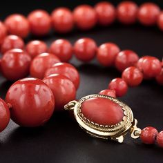Antique Graduated Coral Beaded Necklace. I love Coral!