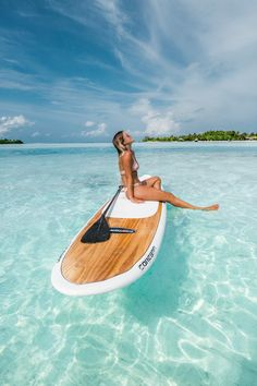 Two weeks in the Maldives! Cool Places To Visit, Places To Travel, Malta Beaches, Underwater Restaurant, Movies Under The Stars, Vacations To Go, Cute Bikinis, Vacation Pictures, New Travel