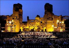#turismo #roma #rome #italia #italy #holyday #vaticano #colosseo #viaggi #visite #viaggiare #papa #sanpietro #termini #romacentro #arte #moda #costume #shopping #testaccio #locali #environment #gelato #Michelangelo #CapitolineMuseums #Mediterranean #Caracalla