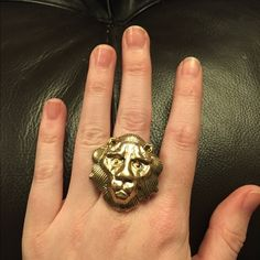 SALE Gold Lion Ring Super cute ring! Fits like a size 7 Von Maur  Jewelry Rings