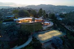 John Lautner's Silvertop with Bestor Architecture. #midcentury #midcenturymodern #johnlautner #architecture #modernism