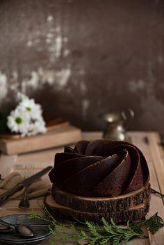 http://www.cocinandoconmicarmela.com/bundt-cake-perfecto/