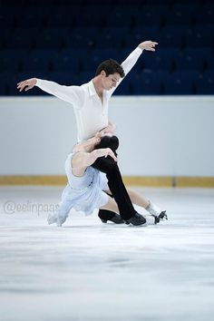 Tessa Virtue and Scott Moir 2013/2014 Free Dance--absolute beauty on ice--they look like they are so in love