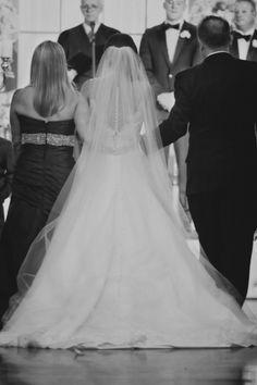 Elegant Atlanta ballroom wedding: http://www.stylemepretty.com/2014/06/27/elegant-atlanta-ballroom-wedding/   Photography: http://morelandphoto.com/