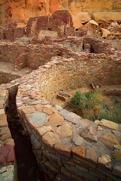✯ Pueblo Bonito, the largest and best known Great House in Chaco Culture National Historical Park, northern New Mexico