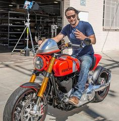 Keanu Reeves' Style Evolution, From Grunge Heartthrob To Ageless Wonder Keanu Reeves Motorcycle, Keanu Reeves Quotes, Movies With Keanu Reeves, Arch Motorcycle, The Boy Next Door, Shy Guy, Keanu Charles Reeves, Iconic Movies, Street Bikes