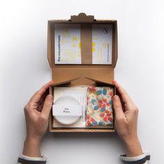 Items similar to Make your Own Notebook DIY-Kit on Etsy Craft Kits, Diy Kits, Paper Hand Craft, Make Your Own Stamp, Diy Notebook, Kids Boxing, Packaging Design Inspiration, Starter Kit, 1 Piece