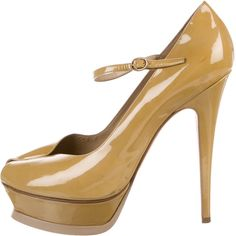 Pre-owned Yves Saint Laurent Patent Leather Peep-Toe Pumps (605 BRL) ❤ liked on Polyvore featuring shoes, pumps, yellow, patent leather peep toe pumps, yellow shoes, peep toe platform pumps, patent leather pumps and yellow peep toe pumps