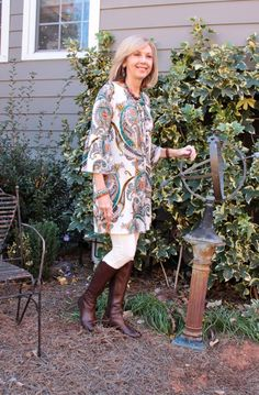 I guess i'll keep calling this fashion series fashion over because that covers the too, but i'll be tagging it in social media as both. Boho Fashion Over 40, Fashion For Women Over 40, 50 Fashion, Autumn Fashion, Fashion Tips, Fashion Bloggers, Fashion Brands, Fashion Websites, Fashion Outfits