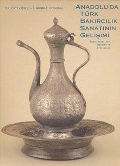 Antique copper kettle. Antique Copper, Brass, Jewish Art, Oriental, Art Object, Metal Working, Tea Pots, Bronze, Ceramics