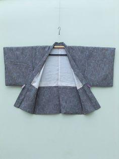 ☆ New Arrival ☆ 'Going Underground' #women's #vintage #Japanese #haori #kimonojacket #stylish #psychedelic #graphic #design from #FujiKimono http://www.fujikimono.co.uk/fabric-japanese/going-underground.html #kimono #textile #costume #kawaii #cosplay #fashion #HyperJapan