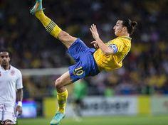 【キャプテン翼かよw】イブラヒモビッチのオーバーヘッド凄すぎwwwと話題。スウェーデンvsイングランド | A!@attrip
