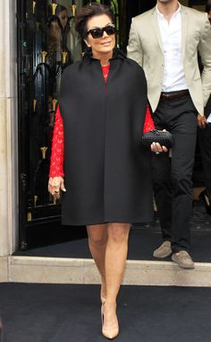 Kris Jenner from Kardashians in Paris: Wedding Week Fun! | E! OnlineMomager Kris is all smiles as she leaves the Four Seasons George V Hotel to take part in the pre-wedding brunch.