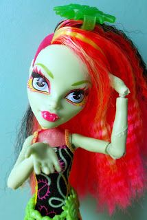 """Calaminthes """"Clawdeens Photoblog"""": REVIEW: Electrified Venus McFlytrap / 1 new MH Min..."""