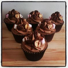 Rocky road Cupcakes #rachelscupcakes Rocky Road Cupcakes, S Cup, Desserts, Food, Tailgate Desserts, Deserts, Essen, Postres, Meals