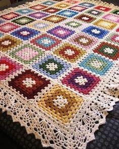 Transcendent Crochet a Solid Granny Square Ideas. Inconceivable Crochet a Solid Granny Square Ideas. Point Granny Au Crochet, Granny Square Crochet Pattern, Crochet Squares, Crochet Blanket Patterns, Knitting Patterns, Loom Patterns, Crochet Blankets, Motifs Afghans, Crochet Motifs