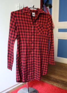 A vendre sur #vinted ! http://www.vinted.fr/femme/robes-casual/10281606-robe-chemise-rouge-pimkie-t36