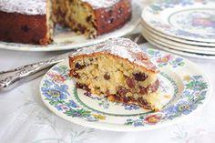 Nana Jill's sultana cake - Recipes - Eat Well with Bite Kiwi Recipes, Cake Recipes, No Bake Treats, No Bake Desserts, Sultana Cake, Family Meals, Family Recipes, Cake Servings, Lemon Curd