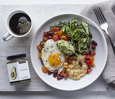 """A quick, delicious breakfast, or make it """"brinner""""! This Plate is a Perfectly Balanced Plate Brunch Menu, Dinner Menu, Brunch Recipes, Breakfast Recipes, Breakfast For Dinner, Breakfast Bowls, Vegetarian Menu, Lean Meals, Specialty Foods"""