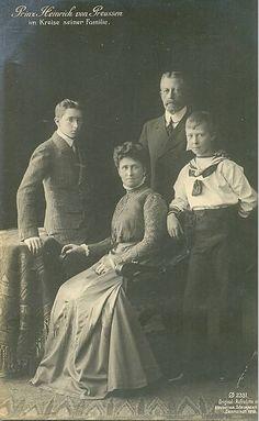 Prinz Heinrich und Prinzessin Irene von Preussen mit ihren Söhnen | Flickr - Photo Sharing!