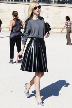 Leather midi pleated skirt – Modern skirts blog for you