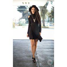 #Sesión de #fashion y #retrato con una excelente #modelo @pilazuribe :) gracias ------------------------------------------------ #RValenciaFotografo #fotografia #retrato #color  #cool #artistic #photography #Sony #soysony #artistico #Toluca #Metepec #black #model #sonyimages