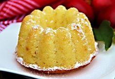 Tvarohová bábovka s jablky Slovak Recipes, Czech Recipes, Baking Recipes, Dessert Recipes, Desserts, Sweet Cakes, Rustic Christmas, Food Hacks, Ham