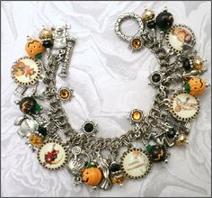 Silver Charm - Halloween Charm Bracelet - Now, I DO LOVE this and would wear it myself. lol Might could find cheap charps, etc. at Dollar Stores or Michaels Pandora Jewelry, Charm Jewelry, Jewelry Crafts, Silver Jewelry, Handmade Jewelry, Recycled Jewelry, Handmade Bracelets, Artisan Jewelry, Halloween Schmuck